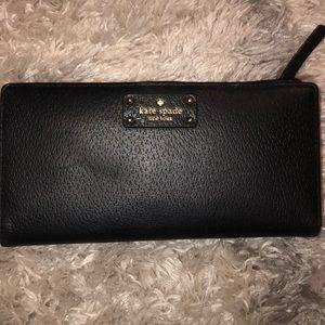 Black Kate Spade Wallet ♠️